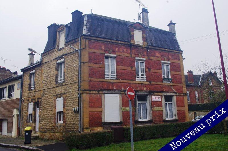 IMMEUBLE DE RAPPORT AU CENTRE-VILLE