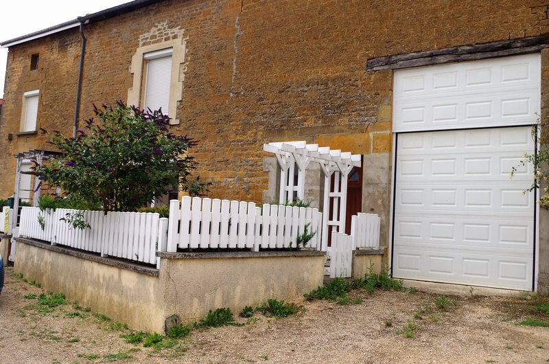 MAISON EN PIERRE, 3 CHAMBRES, JARDIN, GARAGE